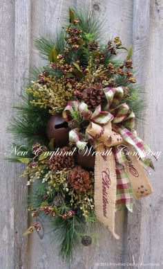 Christmas Wreath Christmas Swag Holiday Door by NewEnglandWreath Merry Christmas, Christmas Swags, Woodland Christmas, Christmas Door, Primitive Christmas, Country Christmas, All Things Christmas, Christmas Holidays, Christmas Decorations