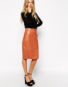Pencil skirt by ASOS TALL Leather look fabric High-rise waist Zip back fastening Kick split to reverse Close cut bodycon fit Machine wash Polyester Our model wears a UK 4 and is tall Work Fashion, Fashion Outfits, Womens Fashion, Fashion Styles, Demin Jacket Outfits, Modest Outfits, Cute Outfits, Asos, Normcore