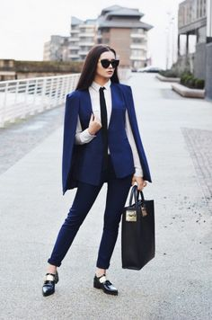 30 ways to add color to your winter outfits - navy blue cape fitted suit with cape blazer, skinny tie + oxfords