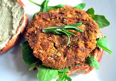 veggie burger patty recipe is super easy to make and its easy to customize for your personal tastes! This one features carrots and chickpeas! http://vegetariansnob.com/carrot-chickpea-veggie-burger-recipe/