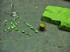 Dollhouse Miniature Furniture - Tutorials | 1 inch minis: wall hanging planters