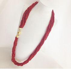 Collana fili di corallo con chiusura in oro 18 kt   #CORAL #necklace #jewels #jewellery #gold #gold18kt  #gioielleriacentrooro #gioielli #gioielleria #corallo #collana #summer  #ebay #shopping #estate #oro #oro18kt