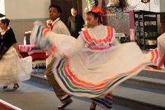 Sew Me, Sew You - Sew Very Veronica: How to make a Jalisco Dress