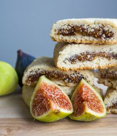A buttery shortbread cookie wrapped in fresh fig jam that put store bought Fig Newtons to shame.