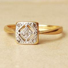 Art deco geometric square diamond ring antique #diamond #ring http://www.loveitsomuch.com/