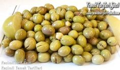 If you make brine like olives that you will keep for winter before they are very sweet … – ev malzemeleri Turkish Recipes, Fermented Foods, Food Design, Bon Appetit, Food Hacks, Food To Make, Food And Drink, Yummy Food, Favorite Recipes