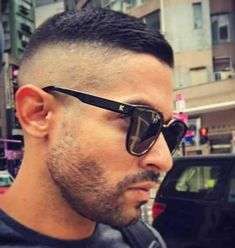 High and Tight with Bald Fade Sides - Crew Cut Haircut naturally beauty Very Short Hair, Short Hair Cuts, Short Hair Styles, Mens Hairstyles With Beard, Haircuts For Men, Beauty Care, Beauty Skin, Diy Beauty, Crew Cut Haircut