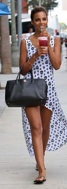 So pretty- loving this dress and the whole look