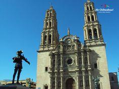 TURISMO EN CHIHUAHUA la Catedral en su primera etapa solo era la sede de la diócesis de Chihuahua. En 1826 se termina su construcción en manos de Ignacio Morín y Juan Pagaza y Nicolás. Diseñada por el Maestro José de la Cruz. www.turismoenchihuahua.com