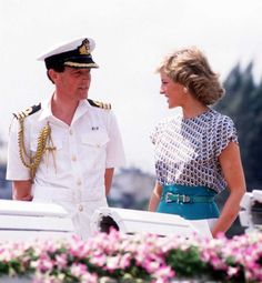 Diana In Thailand: The Princess of Wales with her private secretary Richard Aylard during a river trip in Bangkok, Thailand, 1988. (Photo by Jayne Fincher/Getty Images)