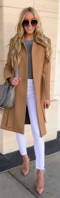#winter #outfits  brown coat. Pic by @macystucke.