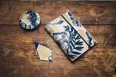 Still #christmas shopping? Screen printed birch plywood #lasercut to create individual coasters decorations and notebooks. Each item holds a different area of the #pattern and is completely unique. Find the pieces at @reddoor_gallery #Edinburgh Bespoke Atelier's pop up #glasgow and online at http://ift.tt/1RoiypO #giftideas #scottishdesign #shoplocal by lmackie_