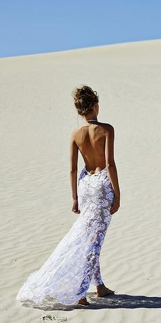 Gallery: beach open back lace wedding dress via grace loves lace - Deer Pearl Flowers Simple Sexy Wedding Dresses, Lace Wedding Dress, Perfect Wedding Dress, Trendy Wedding, Dream Wedding, Wedding Ideas, Wedding Beach, Dress Lace, Sarah Seven