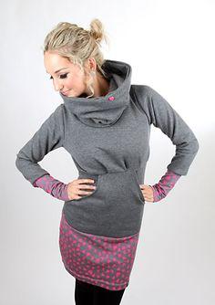 Entdecke lässige und festliche Kleider: MEKO Kaschl Kapuzenkleid Pink Damen Herz made by meko Store via DaWanda.com