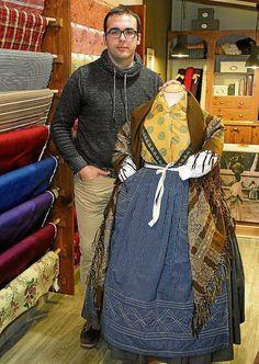 indumentaria san jorge - Buscar con Google Sari, Popular, Regional, Google, Fashion, Folklore, Shandy, Lace Dresses, Petticoats