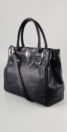 I want this RZ tote! Who cares if it costs more than my rent?! I could live in it, if needed. :-P