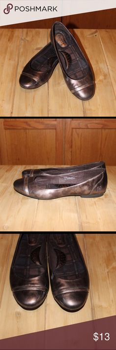 ✨Born✨Flats Super cute Born flats with a lite leopard print design. Shoes are worn- with some scuff marks which are pictured. The marks look worse in picture do to flash camera. Shoes are extremely comfortable and have a lot of life left in them. Born Shoes Flats & Loafers