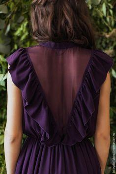 Купить или заказать Платье FW15/16 в интернет-магазине на Ярмарке Мастеров. Длинное платье из шелкового шифона. Немного свободный топ без рукавов. Полупрозрачные вырезы на груди и спине отделаны оборками. Воротничок-стойка и пуговицы по всей длине топа. Талия на резинке, пышная юбка с подкладом. Платье изготавливается по индивидуальным меркам покупателя.