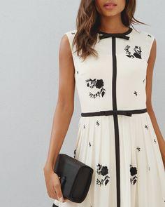 Contrast Rose pleated dress - Ivory | Dresses | Ted Baker UK