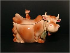 Brush Pottery Cow & Winking Cat Cookie Jar W10