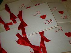 Pour un mariage simple & chic en rouge et blanc.... Réalisation Un instant déco - décoration événementielle dans l'Yonne