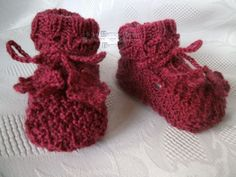 ~ NEU ~ handgestrickte Babyschuhe/-stiefel ~ Sohle 7 - 9 cm ~ (0913)