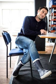 "Måns Zelmerlöw inför Melodifestivalen 2015: ""Jag är träningsberoende"" | Melodifestivalen | Nöjesbladet | Aftonbladet We Are The Heroes, Man Crush, Beautiful Boys, Bae, Crushes, Handsome, Husband, Photoshoot, Mens Fashion"