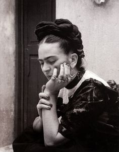 Frida Kahlo, photograph by Lola Álvarez Bravo, 1944 by dou_ble_you, via Flickr
