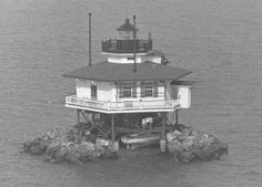 Love Point Lighthouse (dismantled 1964)