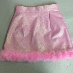 Image of Made To Order – Michelle Baby Pink Glitter Skirt ZOMG! This whole site … Image of Made To Order – Michelle Baby Pink Glitter Skirt ZOMG! This whole site Glitters for Dinner, very doll cult-ish Glitter Fashion, Pink Fashion, Kawaii Fashion, Fashion Outfits, Glitter Mode, Pink Glitter, Glitter Nikes, Glitter Converse, Glitter Paint