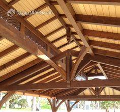 Interior de cubierta de madera para chiringuito de 150 m2 en las playas de Aguadulce, Almería.  NavarrOlivier.copm