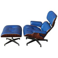 Awesome Original Rosewood Herman Miller Eames Lounge In Special Order Blue