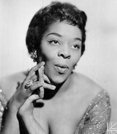 Dinah_Washington_1962.jpg (730×838)