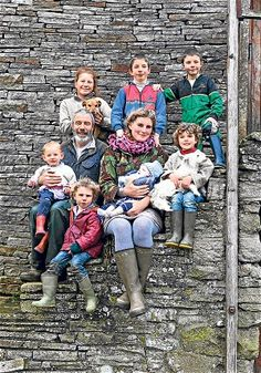 Amanda Owen- Mother, Yorkshire shepherdess - via the Telegraph East Yorkshire, Yorkshire England, Yorkshire Dales, Cool Photos, Interesting Photos, Inspiring Women, Inspiring People, Past Life, Lake District