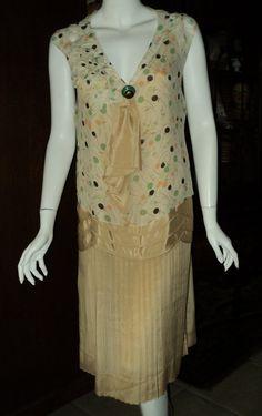 В конце 1920-х годов кнопку день одеваются шифон плиссированные юбки ар-деко переносной Vintage