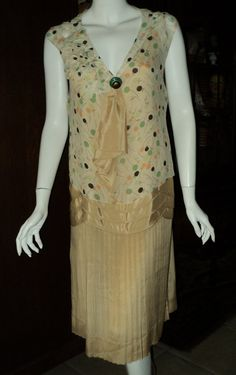 Late 1920s Day Dress Chiffon Pleated Skirt Original Art Deco button