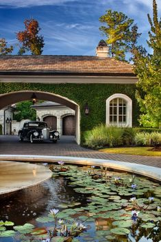 This vintage Mercedes looks comfortable beneath the porte cochere. Porte Cochere, Exterior Design, Interior And Exterior, Mansion Homes, Luxury Sports Cars, Driveway Entrance, Luxury Garage, Garage House, Dream Garage