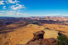 anyonlands preserves a wilderness of rock at the heart of the Colorado Plateau in Southeastern Utah. Water and gravity, this land's prime architects, cut flat layers of sedimentary rock into …
