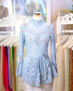 Kebaya Brokat, Ready To Wear, Design Inspiration, Rompers, Hair, How To Wear, Fashion Design, Collection, Instagram