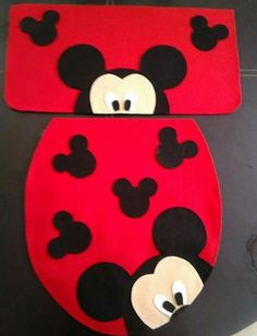 Mickey Mouse E Amigos, Mickey Mouse And Friends, Disney Mickey Mouse, Christmas Projects, Felt Crafts, Diy And Crafts, Christmas Crafts, Mickey Christmas, Christmas Love