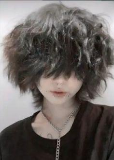 Short Grunge Hair, Short Hair Cuts, Boy Hairstyles, Pretty Hairstyles, Haircuts, Cut My Hair, New Hair, Hair Inspo, Hair Inspiration