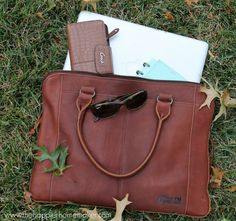 Our Lifetime Leather Portfolio Bag was featured on The Happier Homemaker. To buy our Leather Portfolio Bag click here: http://women.duluthtrading.com/store/product/lifetime-leather-portfolio-61756.aspx?src=pn01gen