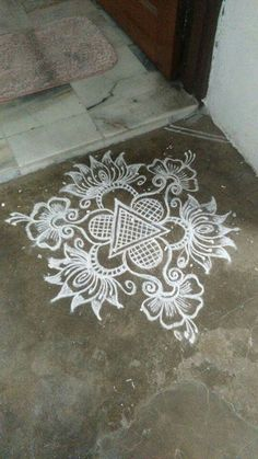 Simple Rangoli Designs Images, Rangoli Designs Latest, Rangoli Designs Flower, Rangoli Border Designs, Rangoli Patterns, Rangoli Ideas, Rangoli Designs Diwali, Rangoli Designs With Dots, Kolam Rangoli