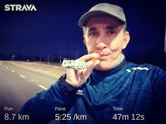 Óévbúcsúztató hajnali kocogós! 🏃♂️🎉 Félév után újra erősítem a futók táborát.  Boldog újévet kívánok mindenkinek! 🎉🥂🍾🎆  Happy 2020 New Year!  . . #futás #futnijó #edzés #motiváció #egészség #running #runningterritory #runninginspiration #runningmotivation #runnersworld #healthylifestyle #happynewyear #boldogujevet #evoncafe Runners World, Happy New Year, Healthy Life, Running, Racing, Healthy Living, Jogging, Lob, Happy 2015