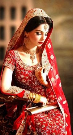 I really want to try this one day, even know I'm not Pakistani or Indian, I love their bridal dresses, especially red just my favorite❤
