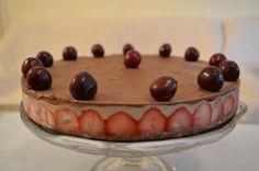 Жива торта со јагоди
