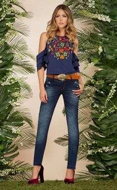 car show outfits Chic Outfits, Spring Outfits, Fashion Outfits, Fashion 2017, Look Fashion, Womens Fashion, Looks Style, Casual Looks, Women's Casual