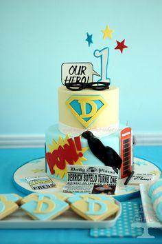 Superman Cake for Clark Kent 1st birthday party. - Make Fabulous Cakes