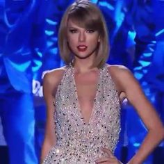 Taylor Swift Singing, Taylor Lyrics, Taylor Swift Concert, Taylor Swift Videos, Taylor Swift Hot, Taylor Swift Style, Red Taylor, Taylor Swift Pictures, Taylor Swift Gallery