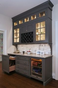 7 Young Clever Tips: Small Kitchen Remodel On A Budget lowes kitchen remodel cabinet doors.Kitchen Remodel Modern Benjamin Moore split level kitchen remodel built ins.Long Kitchen Remodel Before And After. New Kitchen, Kitchen Dining, Kitchen Decor, Kitchen Cabinets, Dining Room Cabinets, Kitchen Pantry, Kitchen Corner, Kitchen Ideas, Kitchen Bars